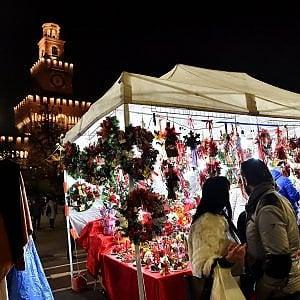 """Natale è arrivato: apre al Castello la fiera degli """"Oh Bej! Oh Bej!"""", 25mila mq di storia e artigianato"""