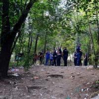 Rogoredo, volontario di Italia Nostra aggredito mentre ripulisce il bosco della droga: spintonato e minacciato con una roncola