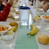 Milano: budini al cioccolato con muffa alla primaria, la denuncia di mamme