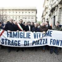 """Piazza Fontana, Mattarella: """"Eversori sconfitti da popolo unito"""". Fico: """"Chiedo scusa per..."""