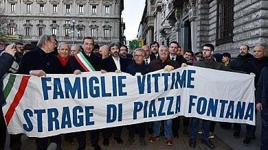 """Piazza Fontana, Mattarella: """"Gli eversori sconfitti"""", le scuse di Fico per i depistaggi"""