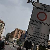 Milano, la Lega contro Area B: