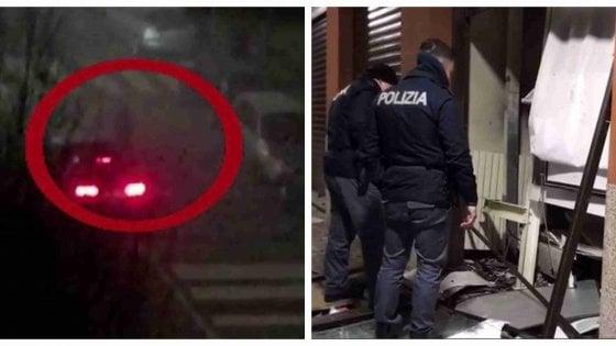 Milano, esplosioni nella notte: rapinatori fanno saltare e s