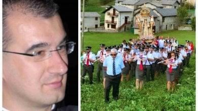Bergamo: non ci sono i portatori, parroco costretto ad annullare la processione