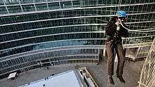 Funi,casco e imbragatura: lezioni di arrampicata    a Palazzo Lombardia