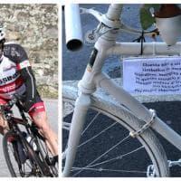 Una bici bianca per ricordare il ciclista investito: l'omaggio a Milano dei suoi amici