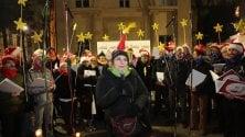 A Porta Venezia c'è    il villaggio di Natale arcobaleno della comunità Lgbt