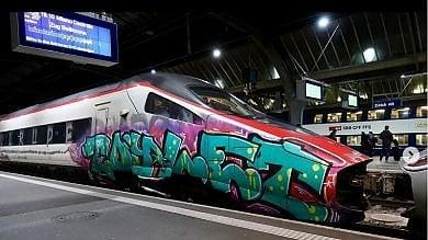 """L'ultima """"moda"""" dei writer lombardi: su Instagram i """"Tag attack"""" ai treni svizzeri    Ft"""