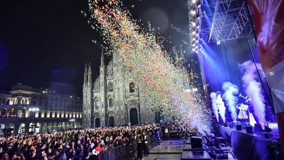 Sicurezza Milano, numero chiuso in piazza Duomo per il concerto di Capodanno: massimo 20mila spettatori e metal detector