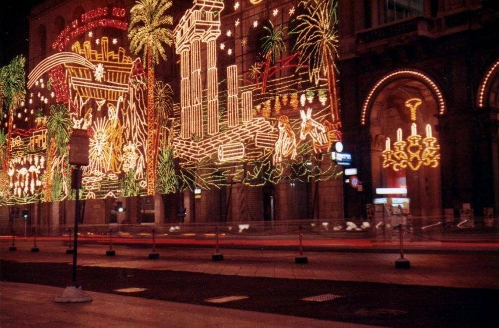 Foto Di Natale Anni 60.C Era Una Volta Milano Le Luminarie Di Natale Degli Anni 60 Come A