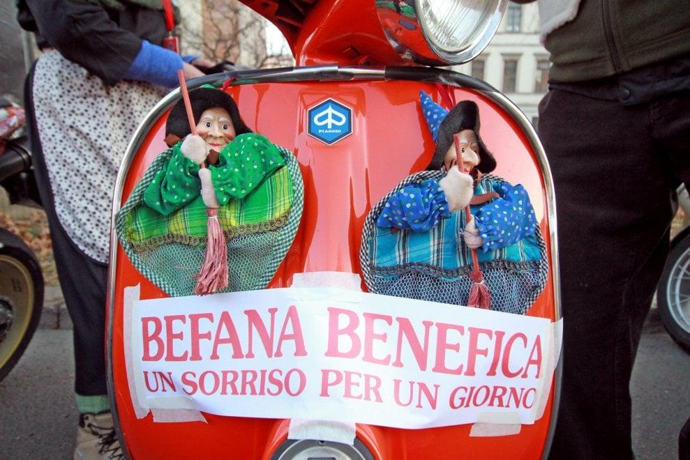 Milano, la Befana su due ruote: il motoraduno è solidale