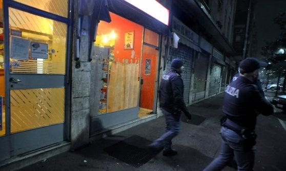 Sparatoria per strada a Milano: l'obiettivo era un bar gestito da cinesi