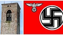 La bandiera nazista sventola sulla torre campanaria: comune mantovano   sotto shock