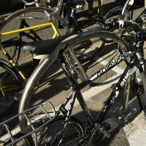 Ladri di biciclette, 3 fermati a Milano: tra loro un minorenne