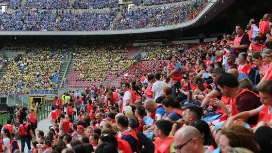 """Inter-Sassuolo: sugli spalti niente tifosi ma 10mila bambini e ragazzi: """"Messaggio contro discriminazioni e violenza"""""""