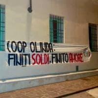 Mantova: striscione neofascista davanti alla cooperativa dei migranti