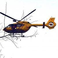 Fuoripista con lo snowboard cade in un crepaccio, 43enne muore assiderato in Valtellina