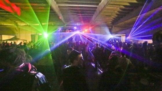 Rave party a Mantova: identificati 600 ragazzi arrivati dall'Italia e dall'Europa