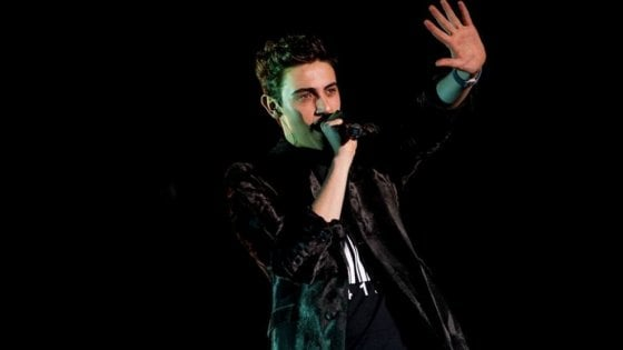 Donna morta per incidente causato dal cantante Michele Bravi, il pm di Milano dispone una consulenza cinematica
