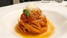 Milano capitale gastronomica? No, a Roma c'è più sostanza. Sfida tra le due città