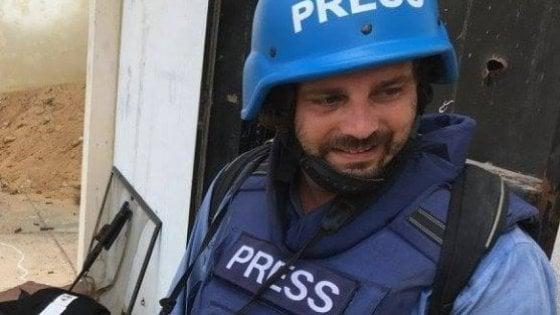 """""""Gabriele vede da entrambi gli occhi"""": da Bagdad le prime notizie sul fotoreporter Micalizzi, ferito in Siria"""