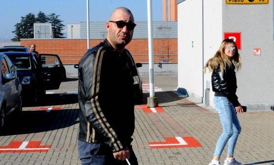 """Umberto Bossi, la notizia dai medici di Varese: """"Si è svegliato e ha continui segni di miglioramento"""""""