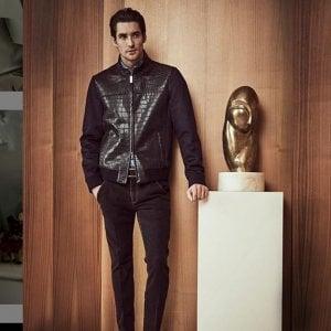 Colpo grosso nel centro di Milano: rubate due giacche di coccodrillo, valore 120mila euro