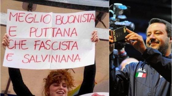 Cartello anti-Salvini alla marcia di Milano, il ministro posta la foto della ragazza: parte la gogna social