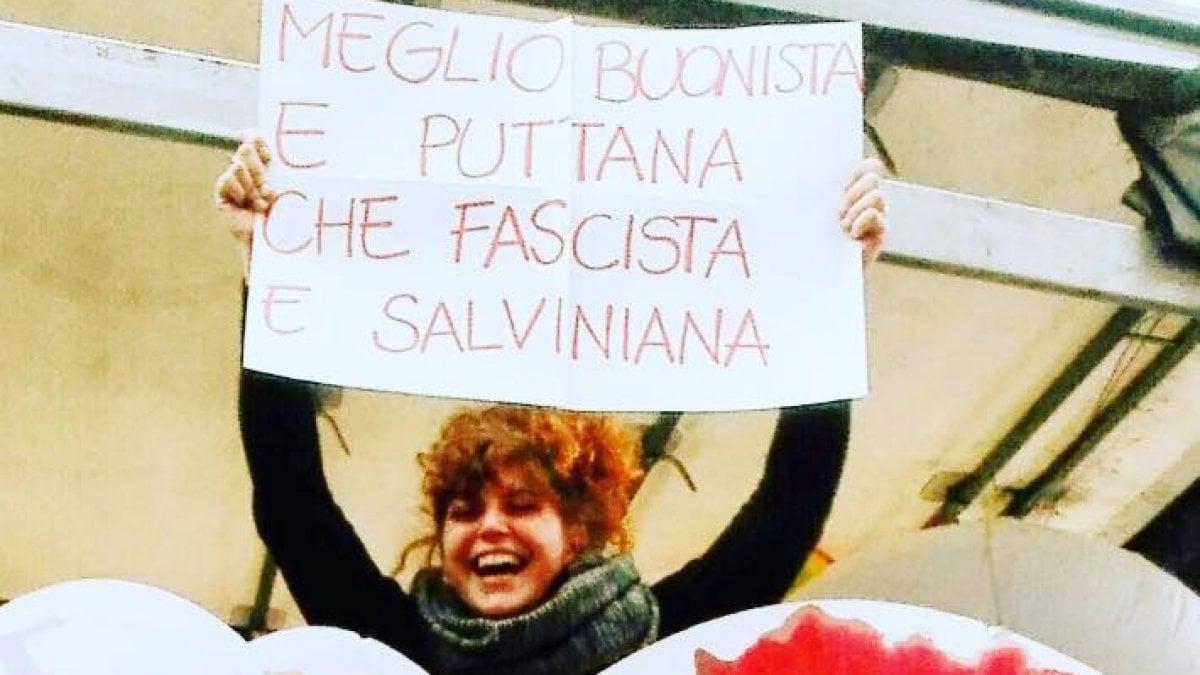 """Milano, messa alla gogna da Salvini: """"Dovrebbe tenere alla sicurezza e invece scatena gli odiatori contro una donna"""""""