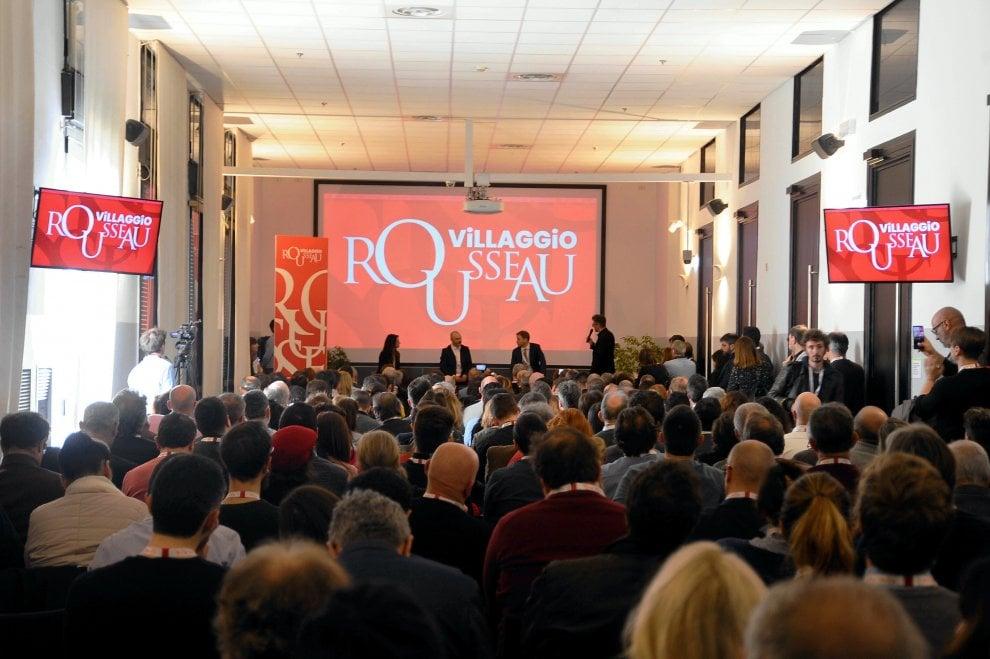 Milano, nel Villaggio Rousseau del M5s: slogan #NoTav e sui maxischermi Gianroberto Casaleggio