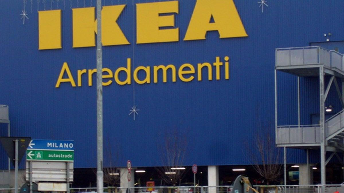 Ikea di corsico 10 dipendenti licenziati per la truffa sulle etichette dei prezzi sanzioni - Navetta per ikea corsico ...