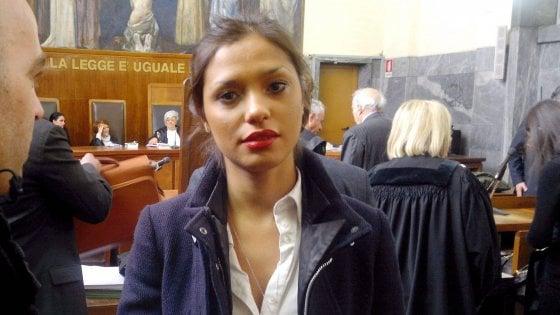 """Morte Imane Fadil, giallo sulle cause. Berlusconi: """"Mai conosciuta"""""""