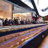 Un tiramisù da record: Milano entra nel Guinness dei Primati con il dolce da 273 metri e 15mila porzioni