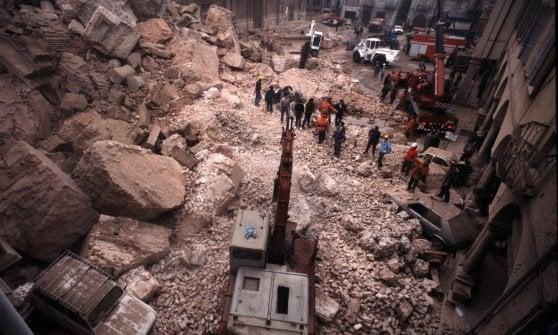 """Pavia, 30 anni fa il crollo della Torre Civica: """"Teniamo viva la memoria collettiva di quella tragedia"""""""