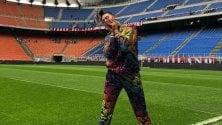 Ghali a San Siro: canta  il suo singolo prima della sfida Milan-Inter