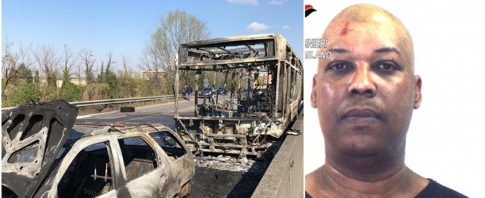 Il giorno di terrore a Milano: quello che sappiamo sull'autista dirottatore dello scuolabus