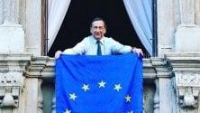 La bandiera dell'Europa sui balconi: accolto l'invito di Prodi