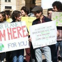 FridaysForFuture, si torna in piazza: a Milano lezione all'aperto sullo spreco di cibo