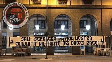 Manifesti shock nelle strade di Varese per il centenario del fascismo