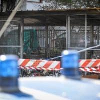 Cadavere mutilato e bruciato a Milano: fermati due uomini. Il pm: