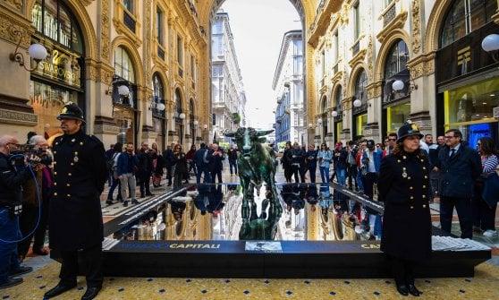 Milano come New York: spunta il toro di bronzo simbolo della finanza