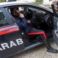 Varese, 26enne accoltellato dal padre della sua fidanzata mentre dorme. L'uomo è stato arrestato