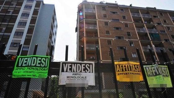 Alloggi in affitto, è boom a Milano per i contratti a basso costo
