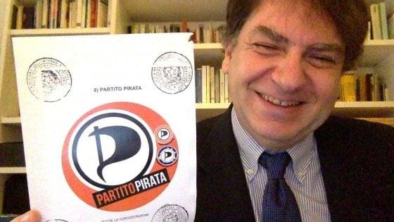 """Europee, il Partito Pirata si candida per la prima volta in Italia: """"Difendiamo i diritti digitali di tutti"""""""