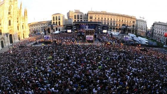 Radio Italia Live, Sting al concerto in piazza Duomo. Sul palco anche Bertè, Ultimo, Mengoni e Sfera Ebbasta