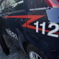 Donna trovata morta in casa a Sesto San Giovanni: sul collo una ferita da