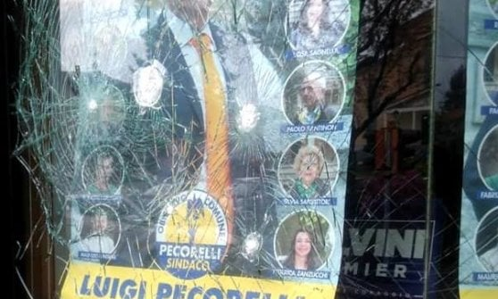 Bergamo e Como, vandalizzate sedi dei candidati sindaci della Lega ...