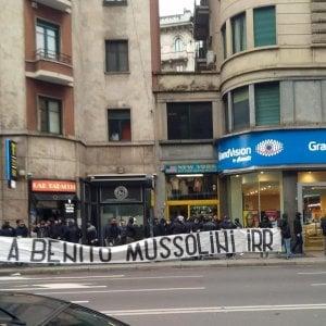 Striscione per Mussolini, daspo per otto ultrà della Lazio