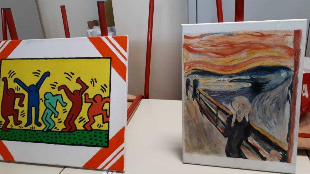 Milano, i capolavori dei grandi artisti rivisitati dagli studenti come oggetti quotidiani
