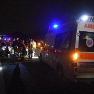 Incidenti stradali a Monza, falciati da auto dopo un tamponamento: muore un 22enne, due amici feriti